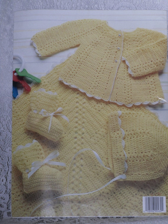 Leisure Arts Knitting Pattern Books : Leisure Arts Baby Layettes to Knit & Crochet Book 2 Leaflet