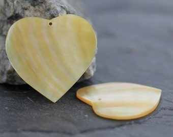 CLEARANCE - Heart Shaped Mother of Pearl Earring Pair, Seashell Bead 21mm (A521)