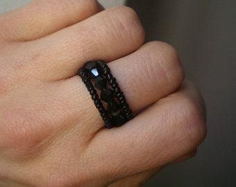 Adjustable ring, beadwork band ring, black ring, beadwork ring, glass ring