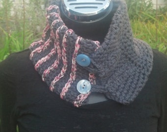 Two-Tone Button Cowl