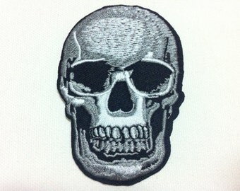 2 Pieces Black White Skull  (6 x 9 cm) Embroidered Iron on Applique Patch (ALW)