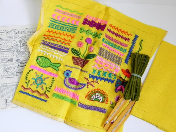 Throw Pillow Kit : CREWEL EMBROIDERY KIT for Throw Pillow Sampler Yellow