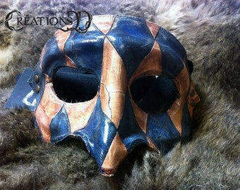 Blue textured squared half-mask