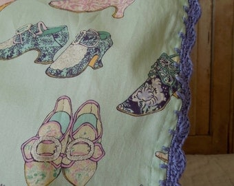 Reversible Hand-Crocheted Pillowcase in Victorian Baroque Shoe Print