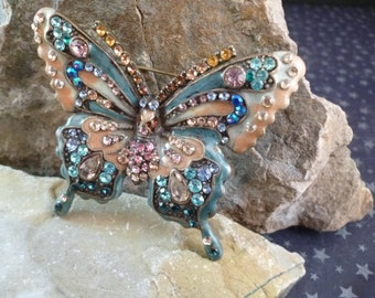 Exquisite Butterfly Brooch Vintage Asian-Flair Pastel Butterfly Statement Pin with Rhinestones and Crystals