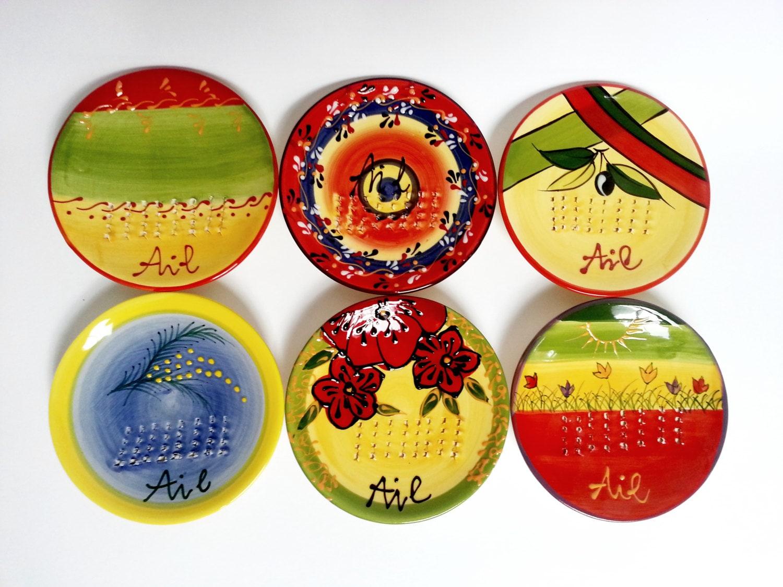 satz von 6 knoblauch reibe keramik teller hand schleifer. Black Bedroom Furniture Sets. Home Design Ideas