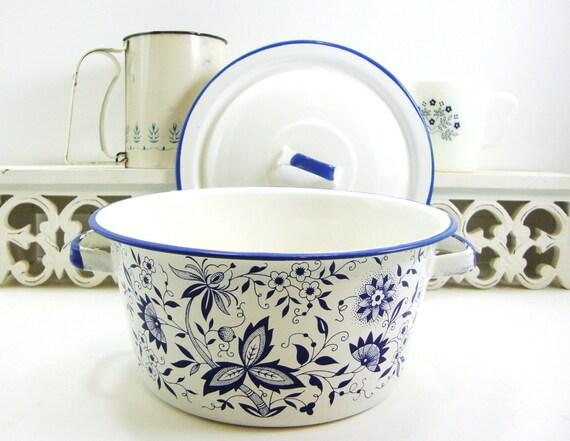 Blue Enamelware Pot W Lid 2 Quart Enamel Blue Danube Onion