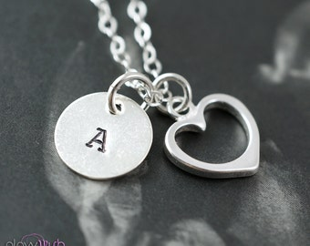 Bridesmaid gifts, SET of 5, Initial necklaces, Heart pendant, bridesmaid jewelry gift sets, silver heart charm necklace