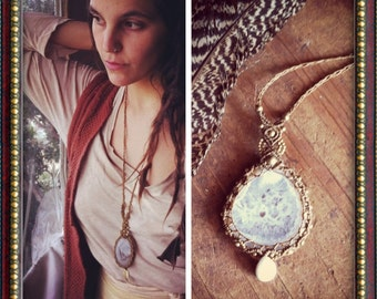 choose your Agate macrame pendent necklace brass beads, hippie bohemian Gypsy Agate necklace