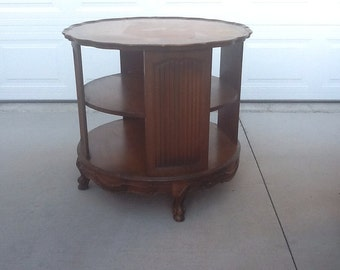 Sale: Vintage French Provincial Coffee / Side table / Nightstand / End Table