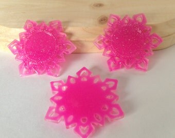 Flat Back Glitter Bright Pink Snow Flakes Resins- 3 Pieces-Frozen-Cabochon-Bow Center-Platic-Hair bow-Supplies-Craft-Commercial