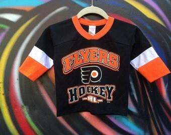 Philadelphia Flyers NHL hockey jersey tee / shirt / tshirt
