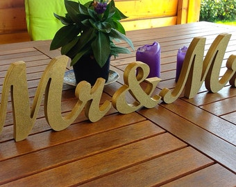 Mr & Mrs Table Sign for Wedding, Mr and Mrs Wedding Signs Glittered, Wedding Sign Sweetheart Table
