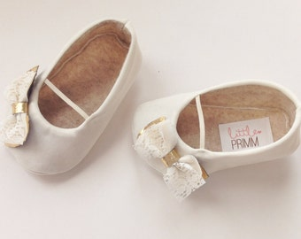 HAZEL....Ivory and Gold Lace Baby Girl Shoes