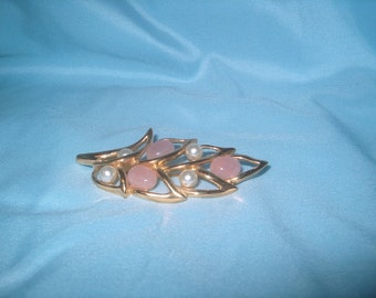 Napier Signed Pink Stone & Pearl Pin, Vintage Costume Jewelry, WAS 25.00 - 50% = 12.50