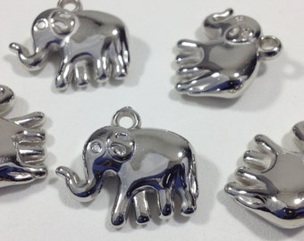 5 Silver Tone Acrylic Elephant Animal Charm Pendants 24mmx21mm