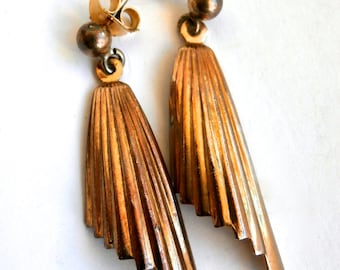 Retro Earrings - Vintage - 1980s - Gold Tone - Art Deco - Dangle Earrings