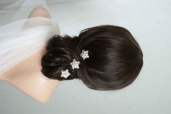Bridal Hair Accessories For Buns : Pearl wedding hair combs bridal accessories bun headpiece