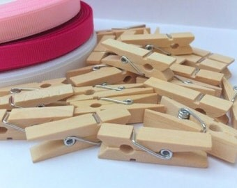 25 Natural Mini Wooden Craft Pegs (3.5 x 0.8cm)