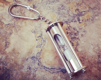 Silver Sand Timer Keychain Pendant, Sandtimer Hour Glass Hourglass Charm & Keychain / Necklace Pendant