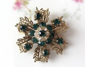 Vintage Emerald Green Rhinestone Gold Tone Flower Brooch Pin