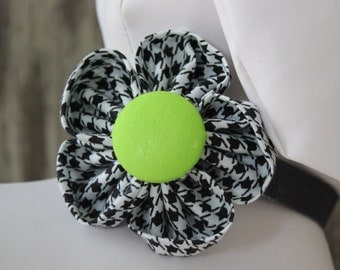 Bow Tie or Flower Collar Attachment & Accessory for Dogs and Cats / Black and White Houndstooth with Green Button Round Flower
