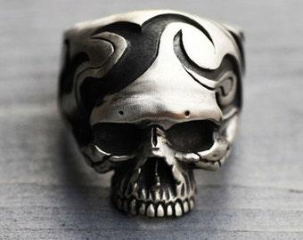 925 Sterling Silver Trabal Skull Ring,skull jewelry,Biker,heavy metal,dark,Punk,Mens Ring,Goth,Rocker,halloween,gothic jewelry,gift for him