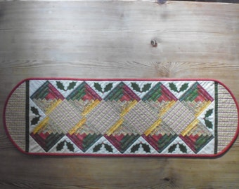 Kit to make a quilted patchwork Christmas table runner
