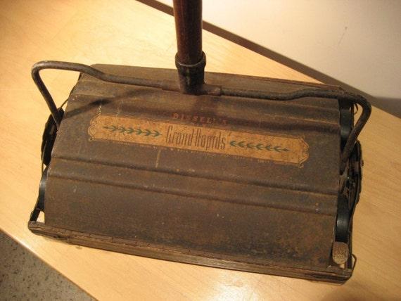 Vintage Bissell Bisco Matic Floor Sweeper Grand Rapids Push