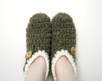 CROCHET SLIPPERS PATTERN, Crochet Pattern, Slippers, Crochet Socks, Sock Pattern, Slipper Pattern, Womens Slipper - The Wynter Slipper Socks