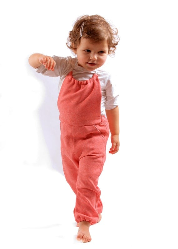 Gadea Dungarees: PDF Instant Download Pattern. Sizes 2-10 years, with full instructions in English