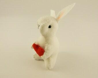 Mini Bunny felt with heart , Valentines day gift, Easter decor, miniature bunny, little woodland rabbit, white felt mini plushie
