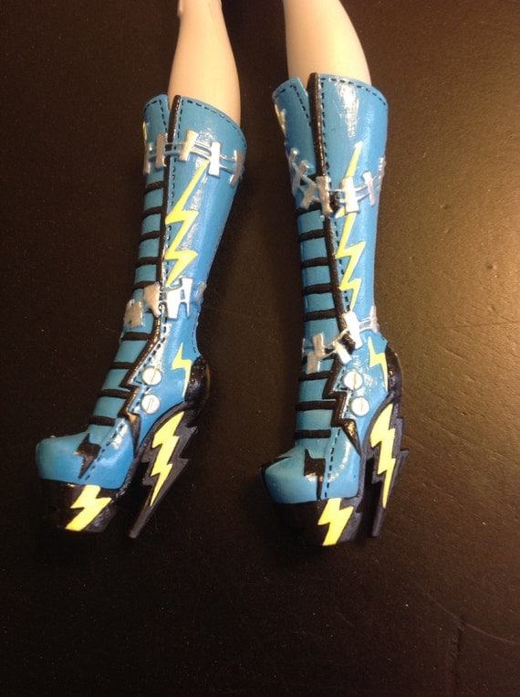 Monster High doll custom repainted Frankie boots