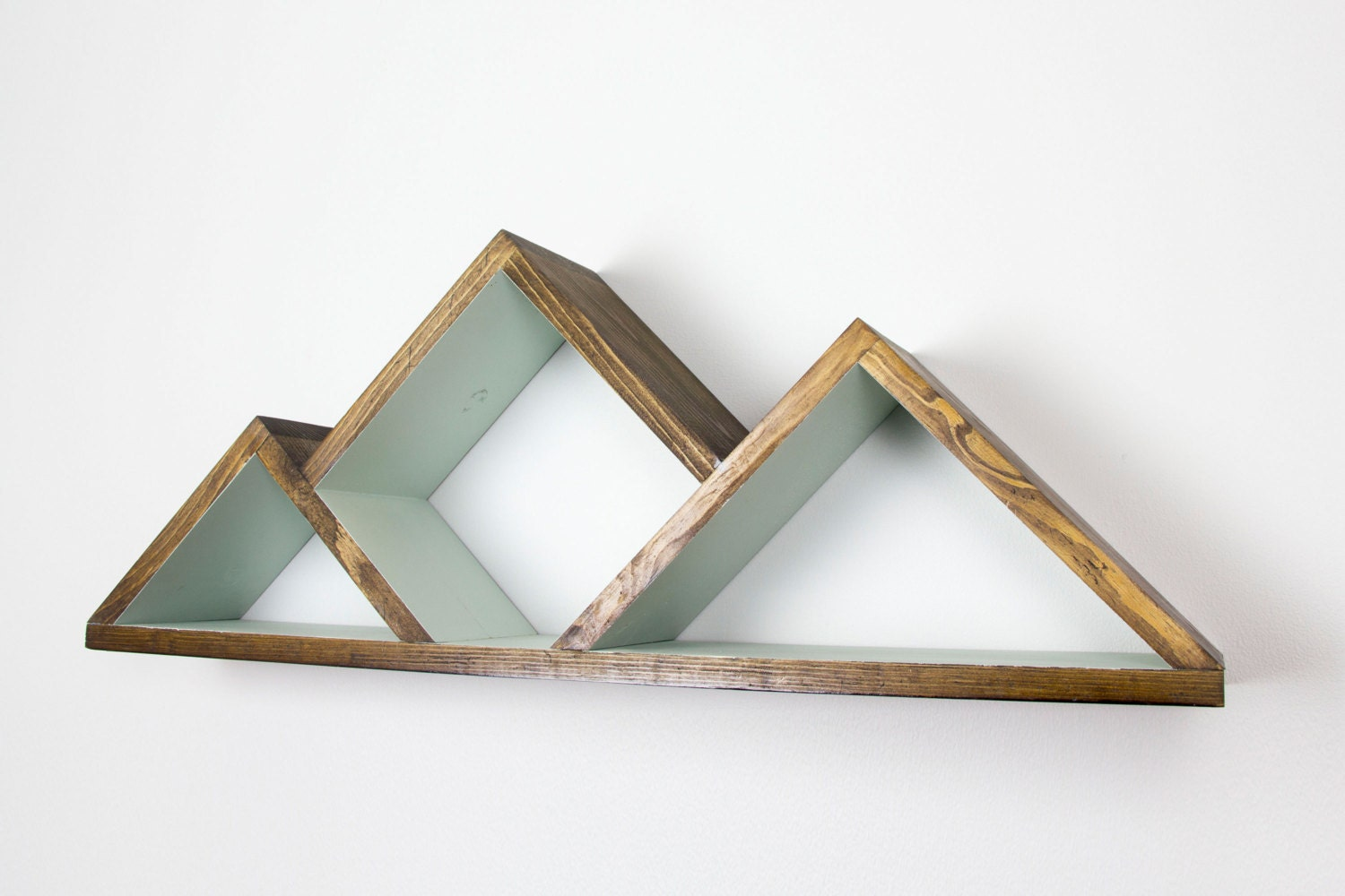 Geometric mountain shelf shelves by graincustomwoodworks for Mountain shelf diy