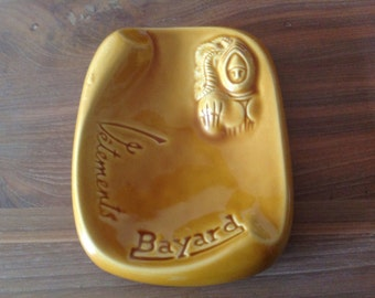 Ashtray vintage or empties advertising pocket Vêtements Bayard, stamped DECAT Paris  period the 50s.
