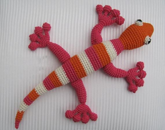 Crochet Amigurumi Heart Free Pattern : Amigurumi cute lizard gecko pattern