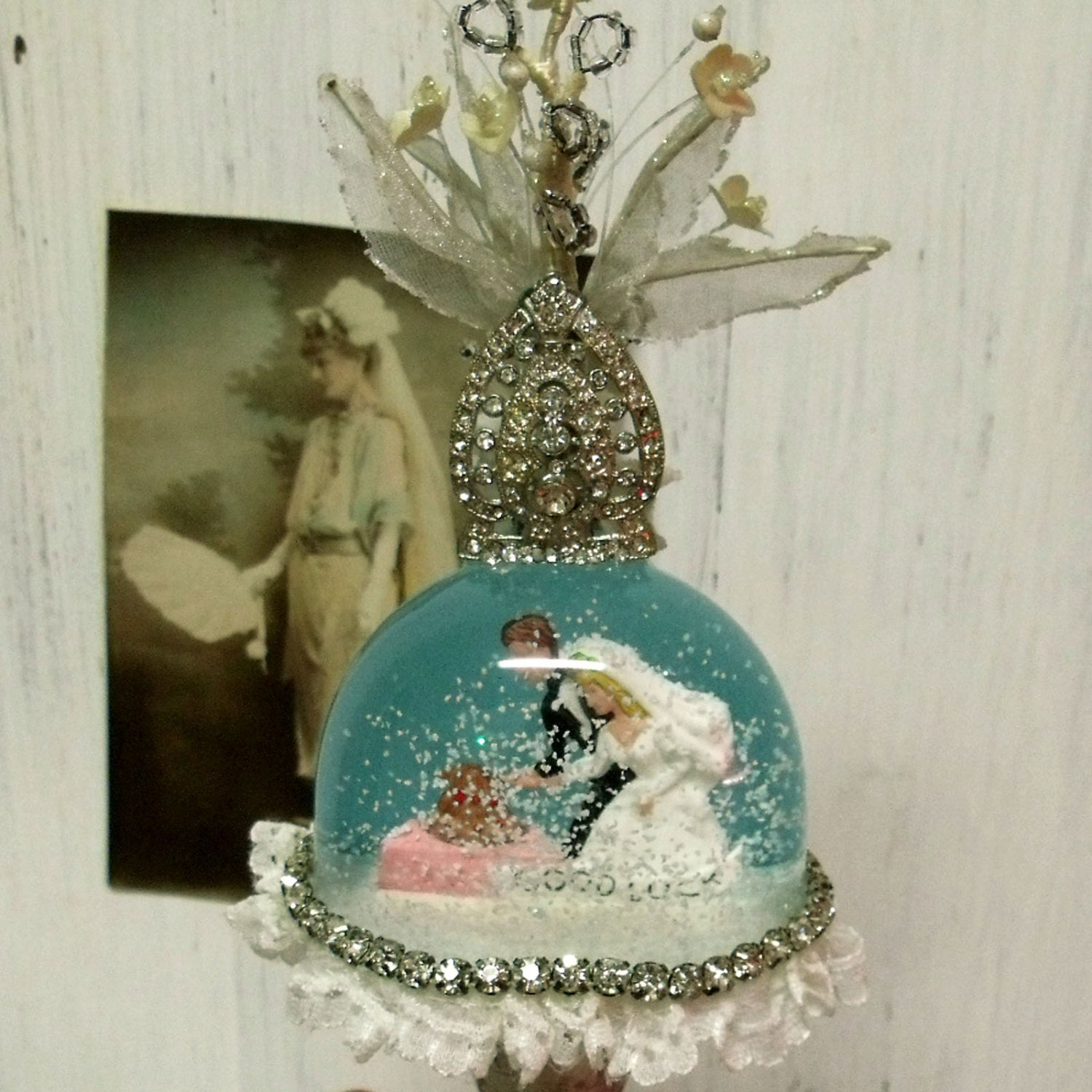 Bride And Groom Snow Globe Cake Topper