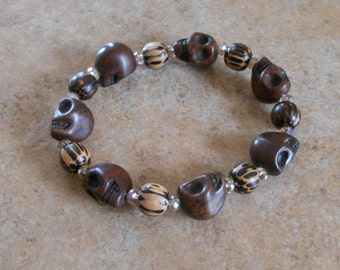 Howlite Crystal Skull Bracelet with wood beads