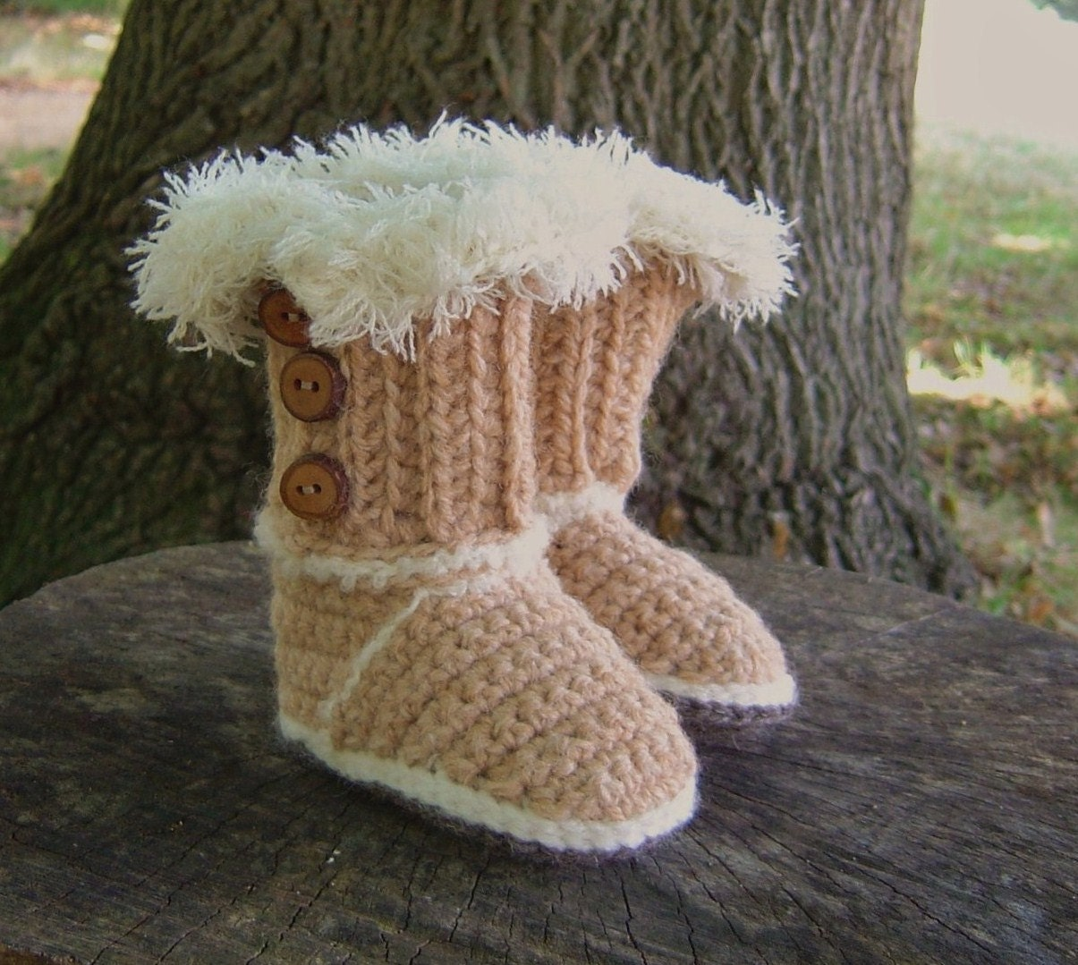 Crochet Pattern BABY Booties Baby Ugg style by matildasmeadow