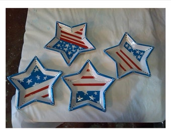 4th of July star plate 7 inches across, red white and blue just in time for the holiday