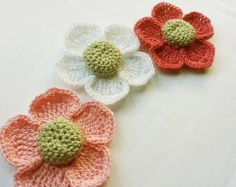 Crochet flower applique, flower embelishments 3pcs. in white baby pink and pink 6-7cm