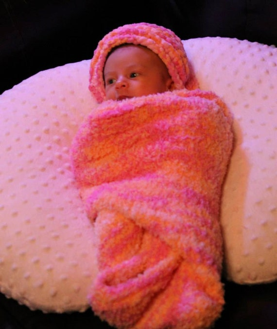 Knitting Pattern Baby Hooded Blanket : Knit Hooded Baby Blanket.