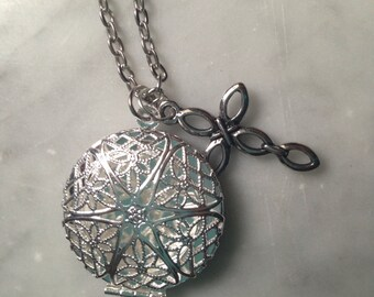 Silver Filigree Locket or Essential Oil diffuser necklace with cross charm-Comes with Leather pads-Aromatherapy Necklace