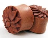 "Sono Wood Lotus Flower Plugs (Pair) 12mm (1/2"") 16mm (5/8"") 19mm (13/16"") 25mm (1"")"