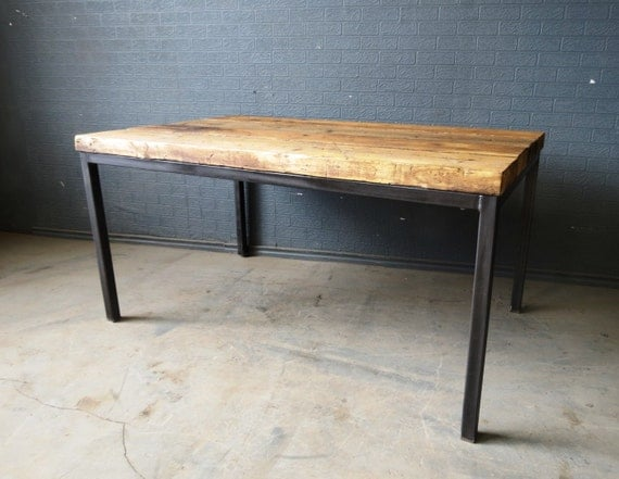 Reclaimed industrial chic 6 8 seater solid wood and metal - Table bois metal industriel ...