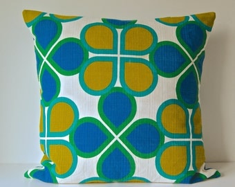 Graphic print cushion from vintage 60s Cloth-Large-Tessie