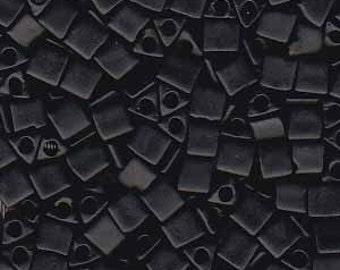 Sharp Triangles - Size 8 Opaque Matte Black - 10 gms