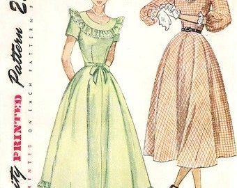 Simplicity 2524 Teenager In Love Dress / ca. 1948 / TEENSZ14 UNCUT
