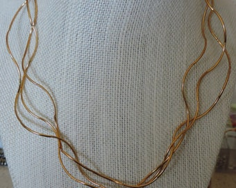 Wavy necklace,  Gold Curvy Necklace, 3 Strand Gold Necklace, Golden Wave Necklace,