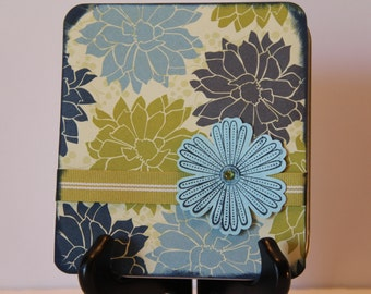 Gift Tin with 4 Mini Gift Cards and Envelopes Inside